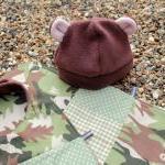 Bib, burp cloth and hat set - CUSTO..